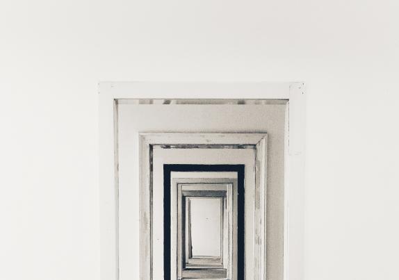 supersticion-puerta